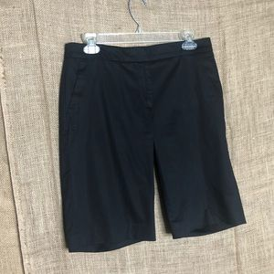 Talbots SZ 4 Black Bermuda Shorts Casual Solid